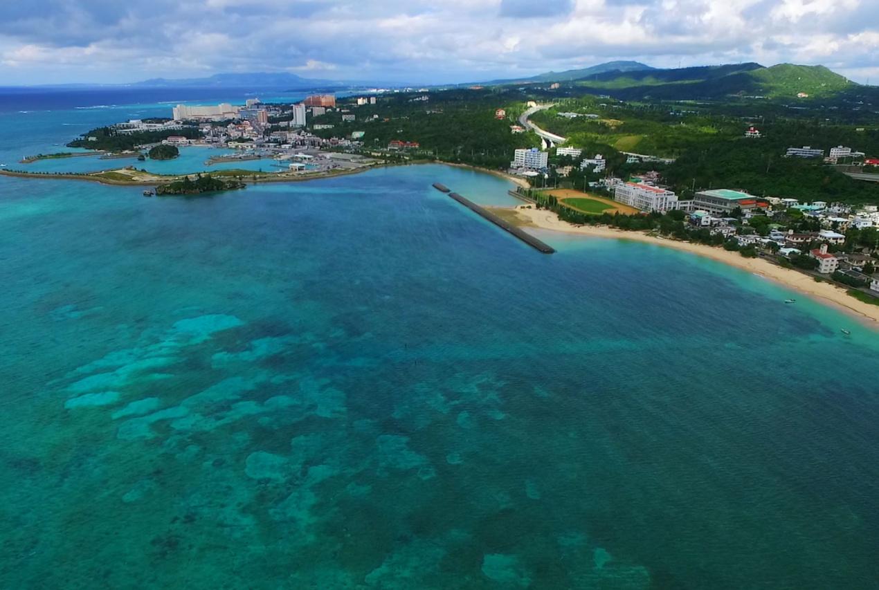 テレビ番組沖縄県ビーチドローン空撮画像